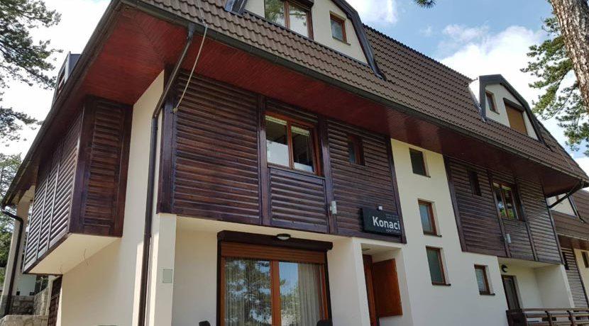 apartmani-konaci-tara-kaludjerske-bare-1