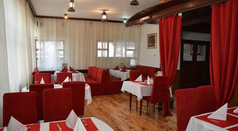 vila-tara-president-restoran-bar (11)
