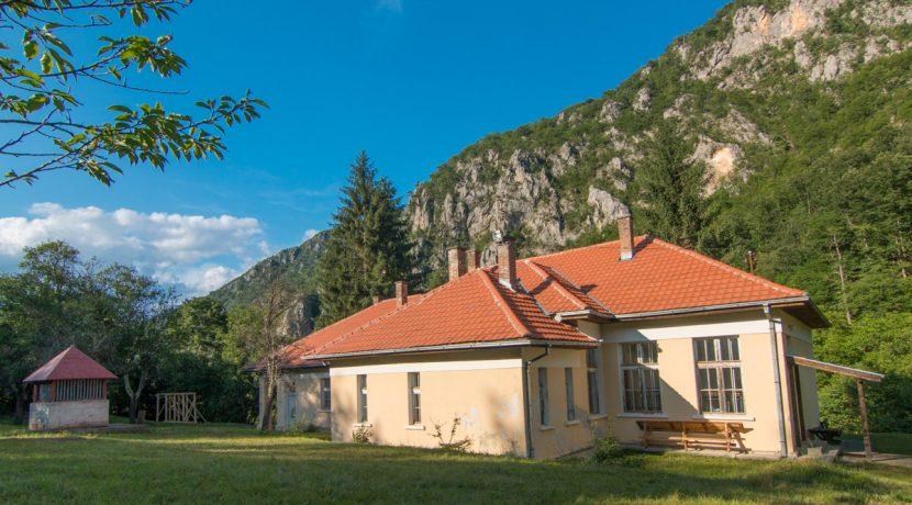 planinarski-smestaj-tara-apartman (1)