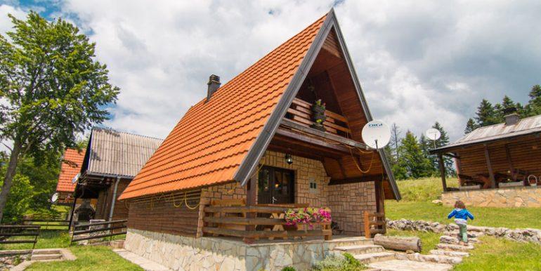 planinska-kuca-dusan-mitrovac-tara-3