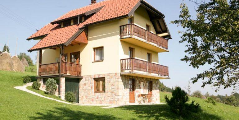 vila-milija-tara-racanska-sljivovica-s5