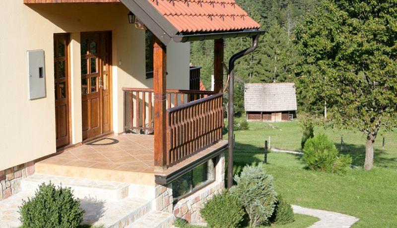 vila-milija-tara-racanska-sljivovica-s9