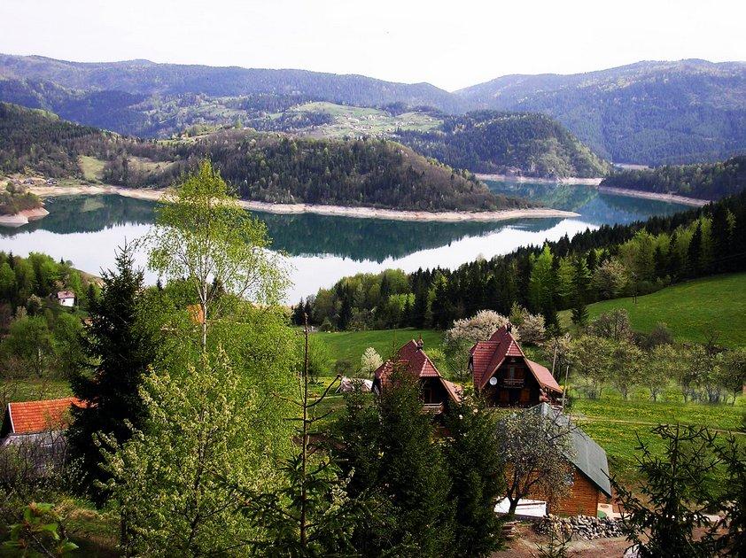 konaci-zaovljanska-jezera-tara-smestaj-11