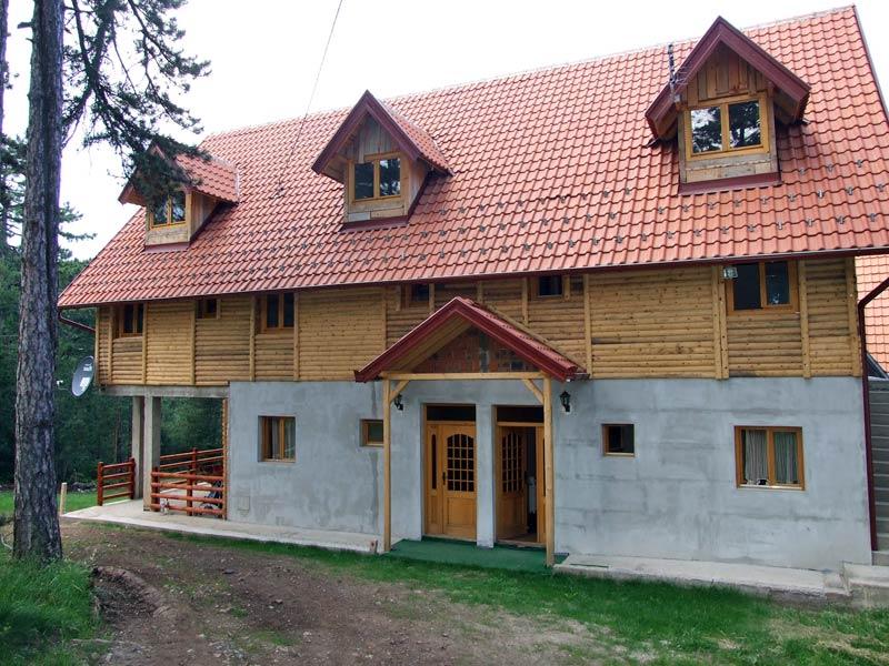 (Srpski jezik) Apartmani Bojana