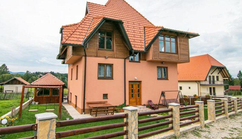 vila-zlatna-pahulja-kaludjerske-bare-tara-s10
