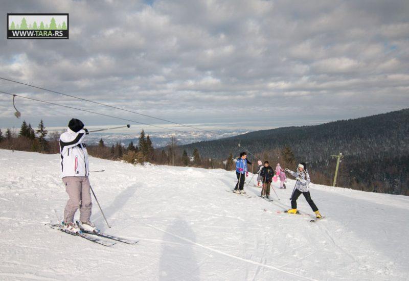 tara-zaovine-sekulic-skijanje-ski-staza (2)
