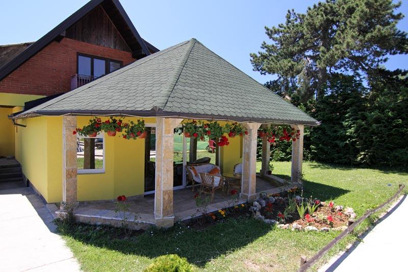 (Srpski jezik) MiN apartmani