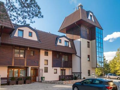 (Srpski jezik) Apartmani Kula