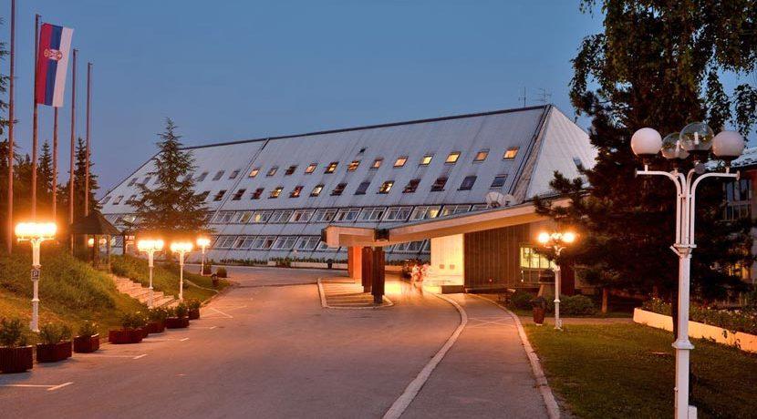 hotel-omorika-tara-kaludjerske-bare-1