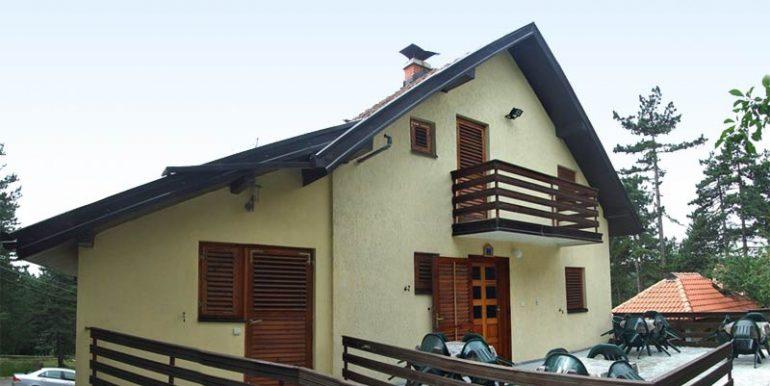 Tara-Vila-Pasic-Kaludjerske-Bare-s1