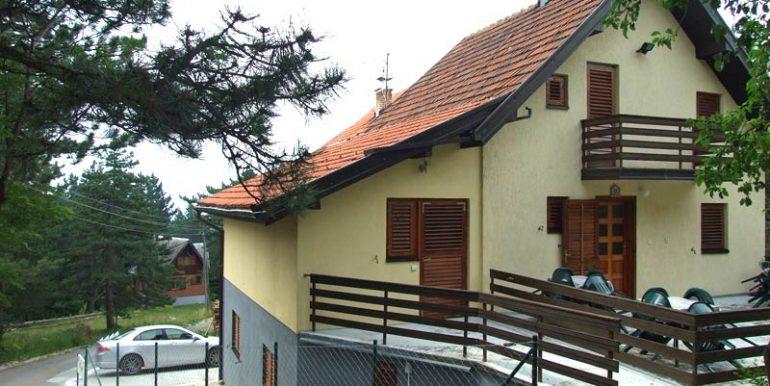 Tara-Vila-Pasic-Kaludjerske-Bare-s3