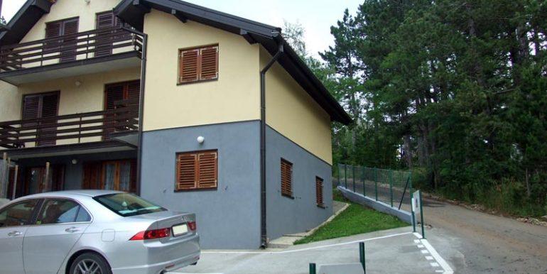 tara-vila-pasic-parking-s1