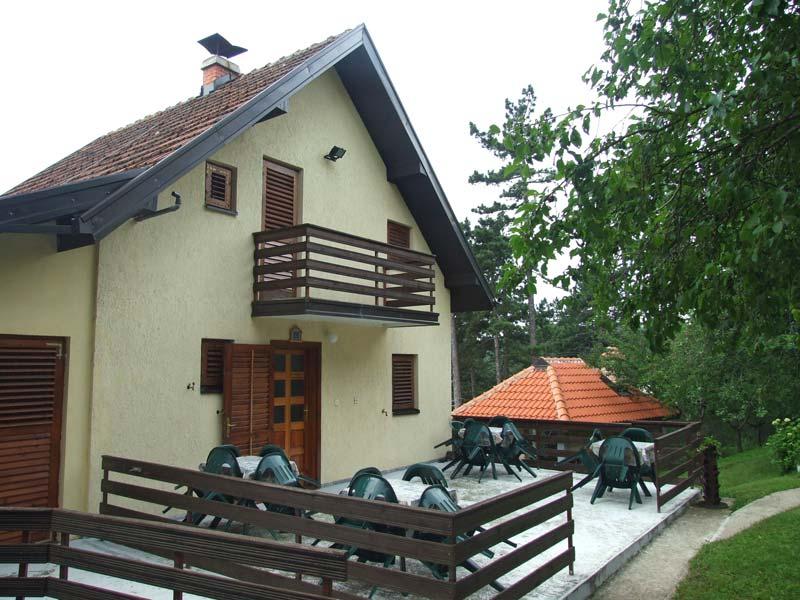 Vila PAŠIĆ