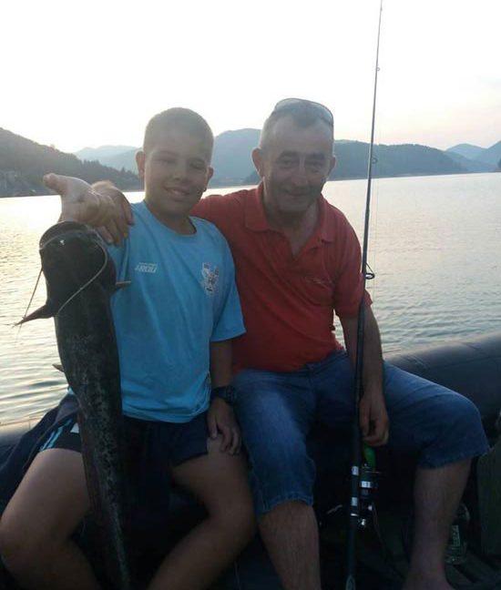23-ribari-na-camcu