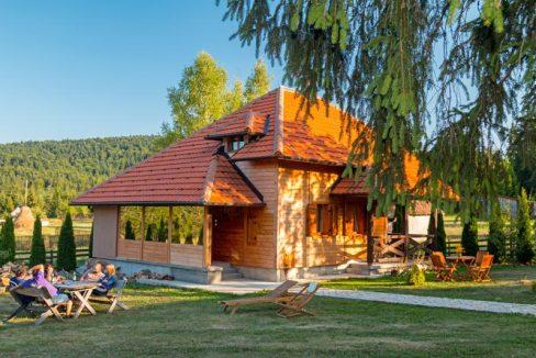 vila-markovic-tara-oslusa-3