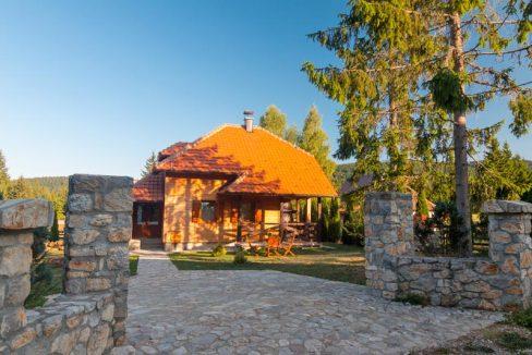 vila-markovic-tara-oslusa-8