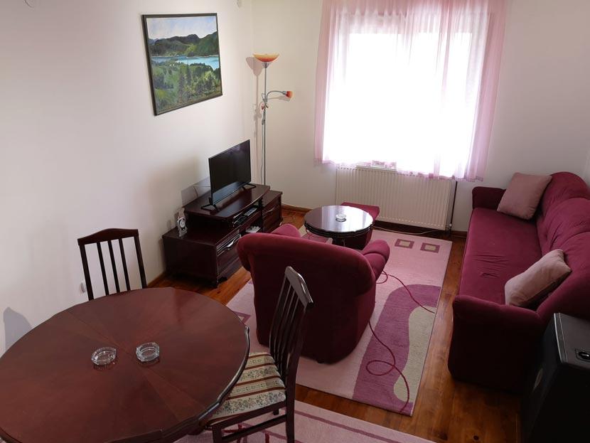 (Srpski jezik) Apartman A16 Gorštak