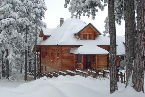 kuca-za-odmor-planinski-mir-kaludjerske-bare-tara-1