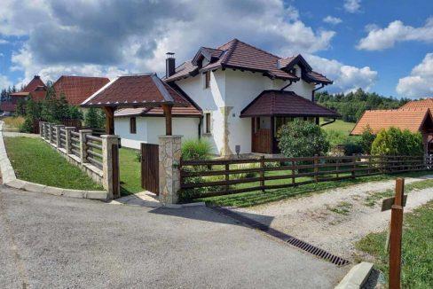 planinska-kuca-milosavljevic-tara-kaludjerske-bare-2