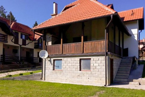 tara-planinska-kuca-topalovic-kaludjerske-bare-3