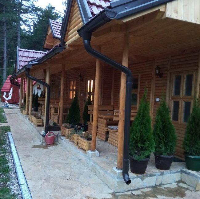 vila-perisic-tara-apartmani-kaludjerske-bare-3