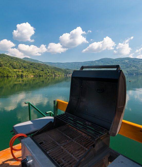 splav-sele-jezero-perucac-smestaj (10)